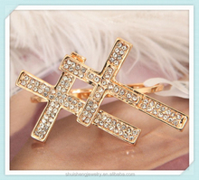 New arrival women design cross shaped fashion gold two finger ring with diamond