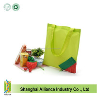 Wholesale Customized Size And Logo Newest 190D Polyester Strawberry Shape Foldable Shopping Bag With Long Handle