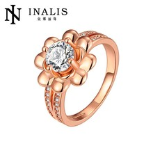 2015 Mother's Day fashion wholesale love gift for Mother nickle and lead free crystal flower style ring LKN18KRGPR693-A