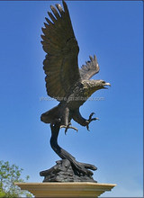 outdoor Golden Large Eagle Statues for sale