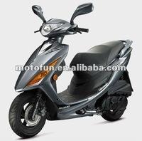 TAIWAN SUZUKI GSR 125 cc NEW SCOOTER /MOTORCYCLE