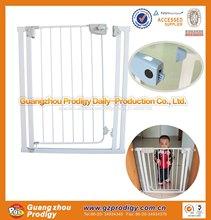 ajustable puerta de seguridad del bebé