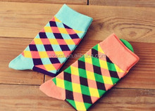 Winter 2014 new tide cotton comfortable lattice star spell color dress socks EML-9-1802