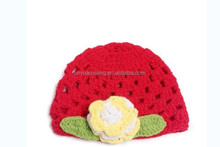 2015 cute yellow flower red hat baby knitted hat