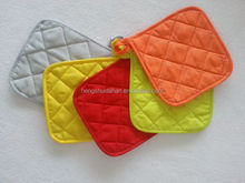 Plain dyed potholder and oven glove
