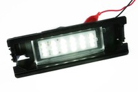 The latest direct factory car bumper lamp wholesale price Toyota License plate lamp XM15-001