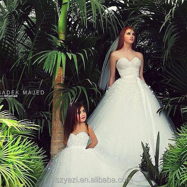 lifestyle news bride matching dresses
