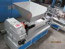PE plastic flakes recycling extruding and pelleting machine