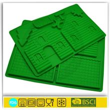 Gingerbread Christmas house silicone chocolate mold tray