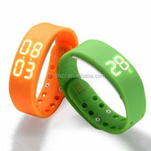 uwatch u9 1.54inch touch screen android 4.0.4 gsm quad band android watch oled display smartwatch