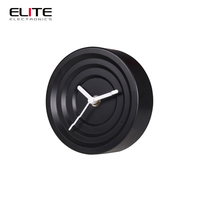 2015 fashionable home decoration unique table clocks in guangzhou