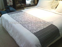 Popular china hotel bed throws