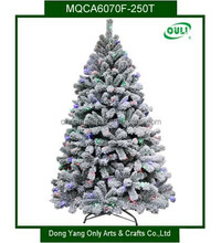 Hot sell New Fashion Design Outdoor Flocked Artificial Christmas Tree With Lights