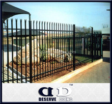 High quality Palisade spraying Ornamental garden Fence panel with reasonable price in store