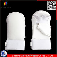 Martial arts equipment white peralatan karate sarung tangan putih