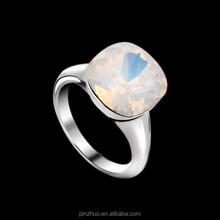 Modest Luxury Austria Crystal Graduation Ring Platinum Plated