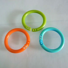 Colorful Plastic Locking Rings in Different Sizes and Shapes