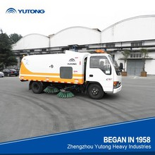 Yutong small road sweeper truck