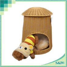 Hot Sale! High Quality Easy Assembly Rattan handscraft Fabric Dog House For Sale