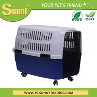 Hot selling pet carrier with wheels plastic pet house
