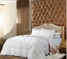 100% White Goose Feather Quilt/ Feather Comforter