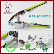 Super quality manual Garlic Press with Comfortable Handle Stainless steel Ginger Garlic Press for home use