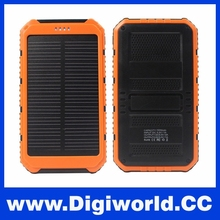 Solar Power Bank Dual-USB Solar Battery Charger 10000 Mah Power Bank for iPhones