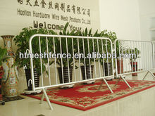 Low price Portable Event Temporary Barrier fence / tubular road bar barrier/ site steel crowd barricade