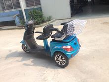 TWO SEATS electric three wheel scooter for old or disabled made in China
