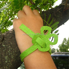 Fashion New Handicraft Wool Felt Bracelet / Four-leaf clover Felt Bracelet