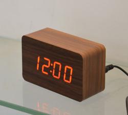 2015 Most popular smart digital led decorative wooden clock