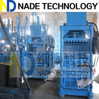 Hydraulic fiber baler machine compactor for paper and plastic