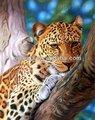 de leopardo en el árbol de pintura de arte moderno