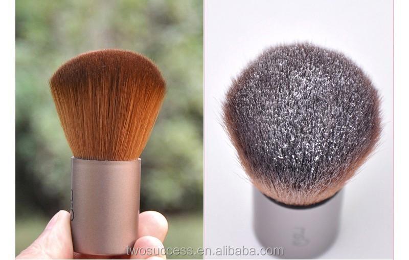 loose powder brush .jpg