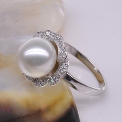 New fashion Accessories Jewelry Pearl Leaf Finger Rose Gold Plated Ring Nice Gift Pearl Ring Designs For Women