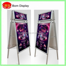 Symmetrical design aluminum floor standing MDF back board picture frame display stand with header