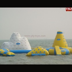 2015 hot cheap popular inflatable water park customize