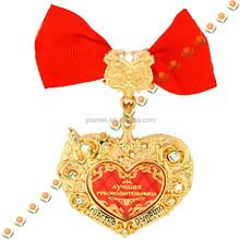 Insignia de encargo insignia de la mariposa bordada a mano