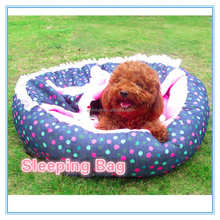 New arrival pet sleeping bag with warm blanket