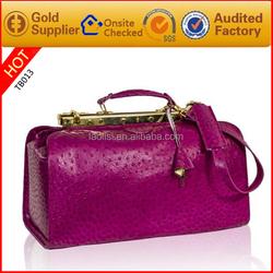 Beautiful red luggage bag PU leather handmade trendy duffel bags for girls