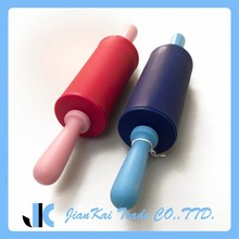 Professional Design Non-stick Silicone Rolling Pin For French Fondant, Baking, Pastry, and Dough .