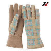 Skin Tight, Light Color, Check Pattern Fleece Gloves