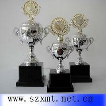 plástico barato troféus