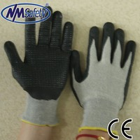 NMSAFETY nylon and spandex dipping black nitrile safety gloves foam with dots industrial safety en388 gloves