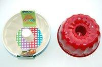 Ceramic Coated NonStick 9-Inch Fluted Cake Pan (Cream/Red)