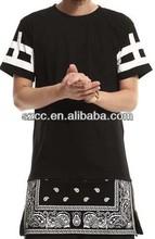 New Extended Paisley Bandana Print Graphic Side Zipper T-Shirt