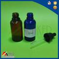 Moda ámbar aceite esencial de botella de cristal con cuentagotas, botella de vidrio para el aceite esencial de aluminio con el titular
