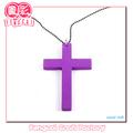 (hecho por cliente) religioso cruz de color o un crucifijo de madera