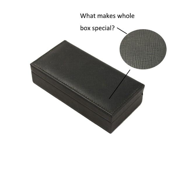 pen box CYJA1940-2.jpg