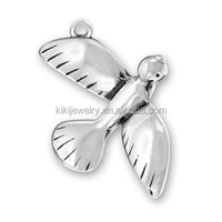 Lucky Jewelry Tibetan Silver Plated Zinc Alloy Flying Bird Animal Charms Wholesale